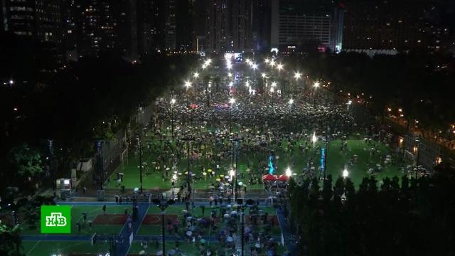 Почти 2миллиона человек приняли участие вновой акции протеста вГонконге.Гонконг, Китай, митинги и протесты.НТВ.Ru: новости, видео, программы телеканала НТВ
