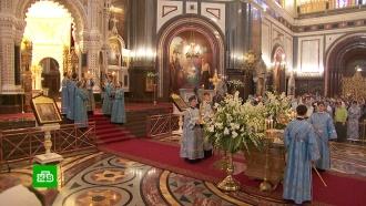 Конец поста и праздничные службы: православные отмечают Успение Богородицы