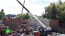 Под завалами здания вНовосибирске нашли третьего погибшего