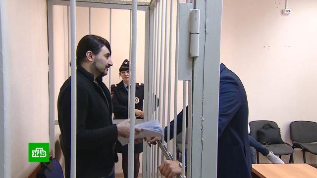Владелец гей-клуба обещал за деньги «решить вопросы» с ФАС и полицией.Дагестан, криминал, мошенничество, полиция, ФАС, приговоры, суды, шоу-бизнес.НТВ.Ru: новости, видео, программы телеканала НТВ
