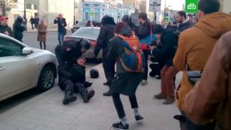 «Кукловоды находятся вдали»: СК показал редкие кадры протестов в Москве