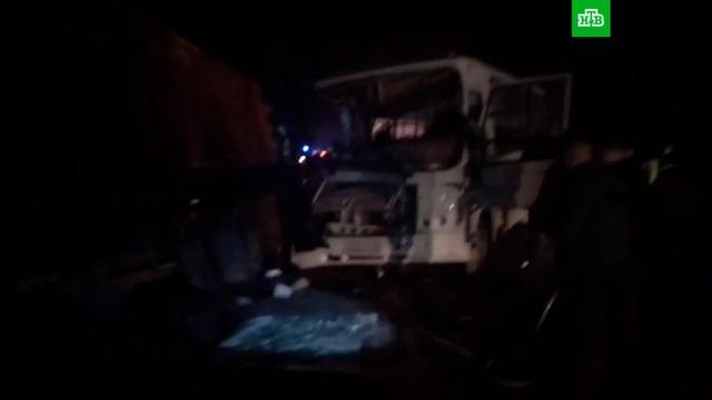 Десять человек пострадали в ДТП с грузовиком и автобусом в Ивановской области.ДТП, Ивановская область, автобусы, грузовики, дети и подростки.НТВ.Ru: новости, видео, программы телеканала НТВ
