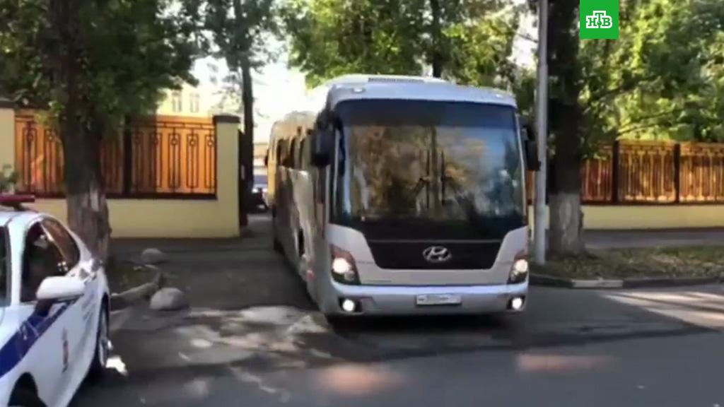 Видео развлечение в автобусе, порно кастинг фильмы