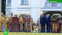 Петербуржцы совершили крестный ход в честь Александра Невского