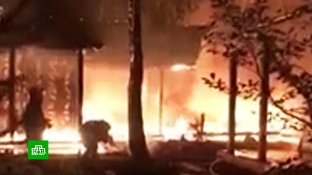 Дом экс-главы Нацбанка Украины сожгли под Киевом.Украина, нападения, пожары.НТВ.Ru: новости, видео, программы телеканала НТВ
