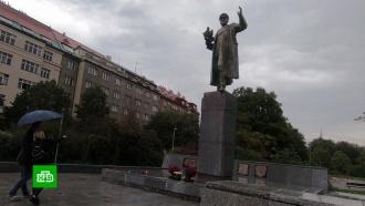 Раскол в Чехии: что будет с памятником маршалу Коневу в Праге