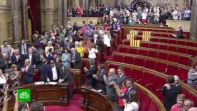 Каталонские политики получили 100лет тюрьмы по делу ореферендуме.Испания, Каталония, беспорядки, приговоры, референдумы, суды.НТВ.Ru: новости, видео, программы телеканала НТВ