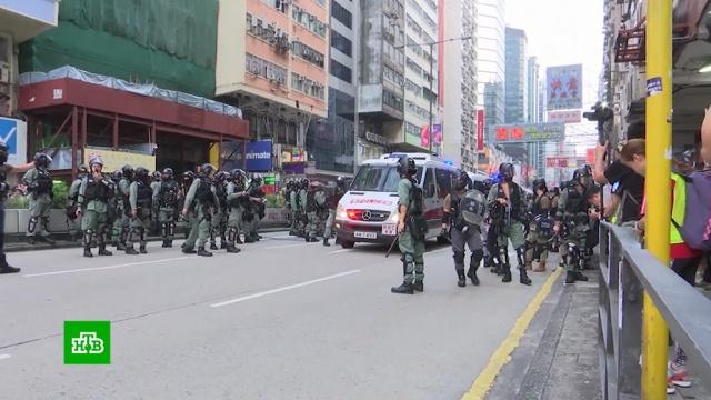 ВГонконге протестующие впервые взорвали самодельную бомбу.Гонконг, Китай, взрывы, митинги и протесты.НТВ.Ru: новости, видео, программы телеканала НТВ