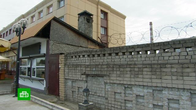 ВКалининграде мужчина умер, запутавшись вколючей проволоке.НТВ.Ru: новости, видео, программы телеканала НТВ
