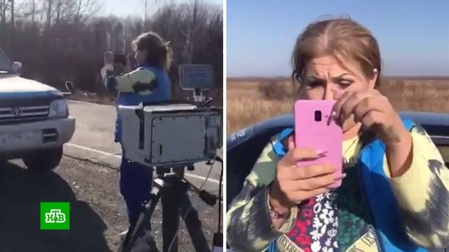 Добровольные помощницы ГИБДД устроили драку с водителями.автомобили, видеонаблюдение, дороги, Комсомольск-на-Амуре, полиция, скандалы.НТВ.Ru: новости, видео, программы телеканала НТВ