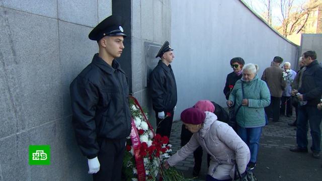 Свеча памяти: в России вспоминают жертв политических репрессий.Владивосток, история, памятные даты.НТВ.Ru: новости, видео, программы телеканала НТВ