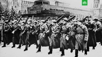 Исторический парад на Красной площади