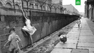 Штурм сриском для жизни: 30лет назад рухнула Берлинская стена