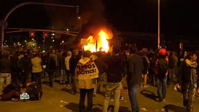 Протест не выдохся: каталонцы готовятся кновым боям за независимость.Испания, выборы, митинги и протесты, референдумы.НТВ.Ru: новости, видео, программы телеканала НТВ