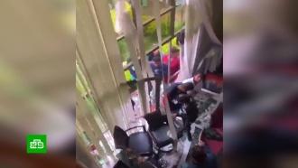 Протестующие разгромили дом <nobr>экс-президента</nobr> Боливии