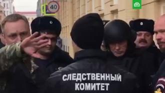 Историка Соколова привезли на следственный эксперимент вкаске ибронежилете