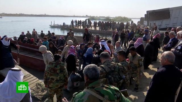 Российские военные помогли 15тыс. беженцев вернуться вДейр-эз-Зор.Сирия, армия и флот РФ, беженцы, войны и вооруженные конфликты.НТВ.Ru: новости, видео, программы телеканала НТВ