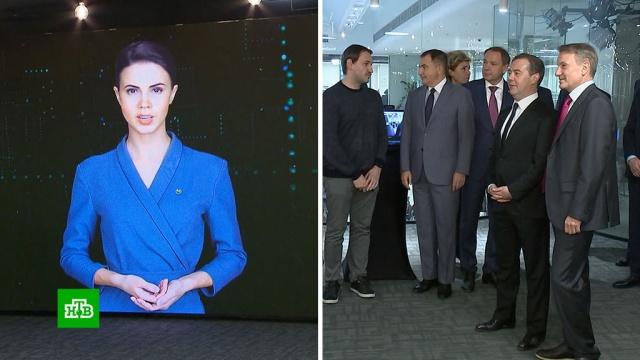 Медведева познакомили с цифровым аватаром Еленой.Греф, Медведев, Сбербанк, технологии.НТВ.Ru: новости, видео, программы телеканала НТВ