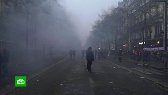 Центр Парижа парализован <nobr>из-за</nobr> массовых беспорядков