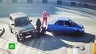 Ростовский водитель одним ударом уложил двоих оппонентов
