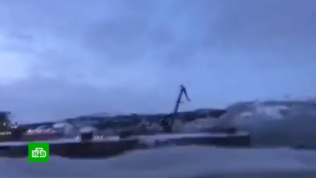 На «Адмирале Кузнецове» после пожара нашли погибшего офицера.армия и флот РФ, корабли и суда, пожары.НТВ.Ru: новости, видео, программы телеканала НТВ