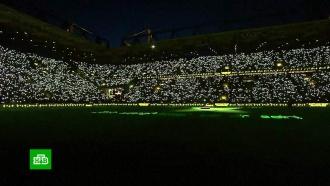 Около 70тысяч футбольных фанатов исполнили рождественские гимны на стадионе