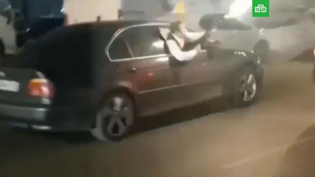 Задержаны мужчины, устроившие стрельбу из машины в центре Перми.Пермь, задержание, стрельба.НТВ.Ru: новости, видео, программы телеканала НТВ