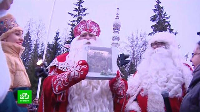 Дед Мороз иЙоулупукки привезли на российско-финскую границу автобусы сподарками.Дед Мороз, Ленинградская область, Новый год, Финляндия, торжества и праздники.НТВ.Ru: новости, видео, программы телеканала НТВ