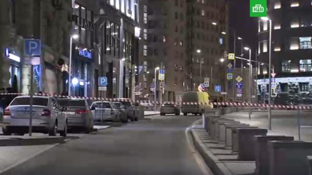 Спецоперация на Лубянке.В центре Москвы этим вечером произошла перестрелка. По неофициальным данным, убиты от 1 до 3 человек. Официально сообщается о пострадавших, их число не называется. Трансляция Ruptly.НТВ.Ru: новости, видео, программы телеканала НТВ