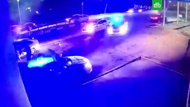 ВСети появилось видео нападения на пост ДПС вМагасе.Ингушетия, оружие, полиция, расследование, стрельба.НТВ.Ru: новости, видео, программы телеканала НТВ