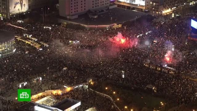 В Варшаве 100 тысяч человек вышли на протест против запрета абортов.Польша, аборты, митинги и протесты.НТВ.Ru: новости, видео, программы телеканала НТВ
