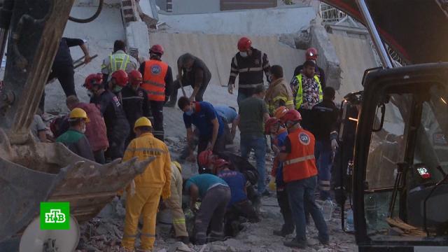 «Пенсионеров выносили на руках»: жители Измира рассказали опережитом страхе.Турция, землетрясения, стихийные бедствия.НТВ.Ru: новости, видео, программы телеканала НТВ