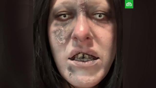 Ксения Собчак перевоплотилась в живого мертвеца.Телеведущая Ксения Собчак предстала перед подписчиками своего Instagram в образе зомби.Собчак Ксения.НТВ.Ru: новости, видео, программы телеканала НТВ