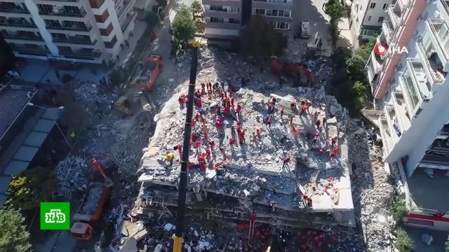 Число погибших при землетрясении вТурции возросло.Греция, Турция, землетрясения, поисковые операции, стихийные бедствия.НТВ.Ru: новости, видео, программы телеканала НТВ