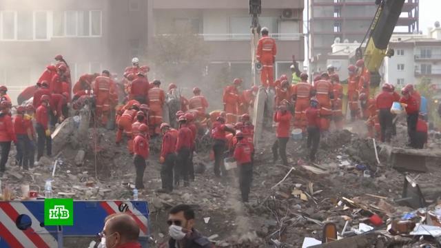 Число жертв землетрясения вТурции достигло 111.Турция, землетрясения, поисковые операции, стихийные бедствия.НТВ.Ru: новости, видео, программы телеканала НТВ