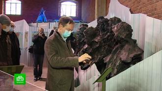 Мединскому показали арктическую выставку в кронштадтском парке «Патриот»