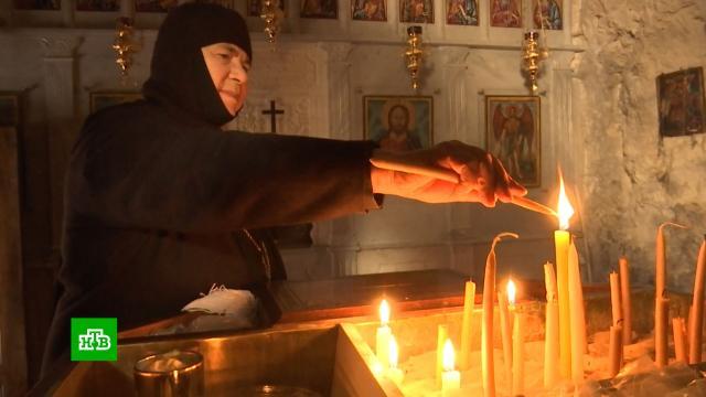 Вхристианский город на юго-западе Сирии начали возвращаться паломники итуристы.Сирия, войны и вооруженные конфликты, религия, туризм и путешествия, христианство.НТВ.Ru: новости, видео, программы телеканала НТВ