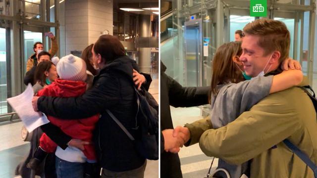 «Сидели вполной изоляции»: освобожденные журналисты НТВ поблагодарили за поддержку.Москва, НТВ, Турция, журналистика.НТВ.Ru: новости, видео, программы телеканала НТВ