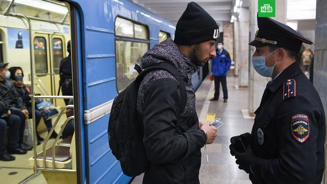 ВМоскве количество нарушителей масочного режима превысило 285тысяч.Москва, коронавирус, эпидемия.НТВ.Ru: новости, видео, программы телеканала НТВ