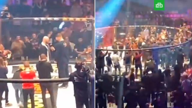 Бойцы ММА устроили массовую драку во время турнира вМоскве.Москва, драки и избиения, единоборства, спорт.НТВ.Ru: новости, видео, программы телеканала НТВ