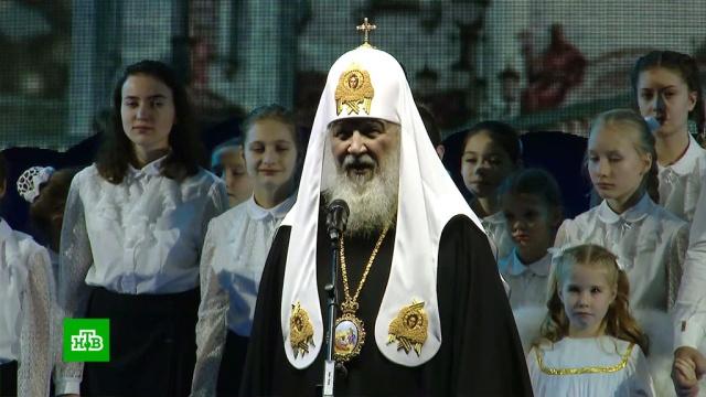 Патриарх Кирилл в Рождество посетил больницу и обратился к верующим.Рождество, патриарх, православие, религия, торжества и праздники.НТВ.Ru: новости, видео, программы телеканала НТВ