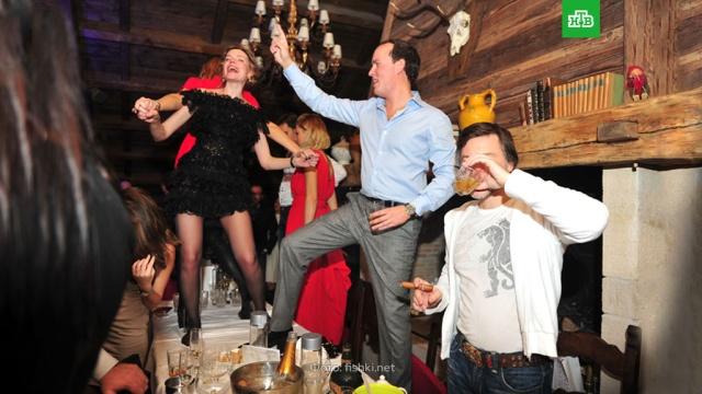 Как прийти всебя после праздников.еда, ЗаМинуту, Новый год, торжества и праздники.НТВ.Ru: новости, видео, программы телеканала НТВ