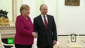 Путин на встрече сМеркель предложил обсудить «наиболее острые» вопросы