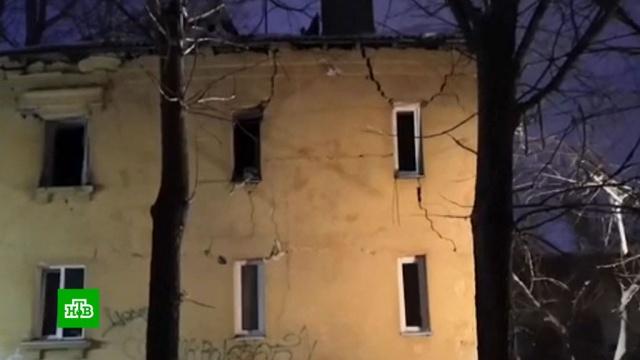 Часть жилого дома обрушилась вУфе врезультате взрыва газа.Уфа, взрывы газа.НТВ.Ru: новости, видео, программы телеканала НТВ