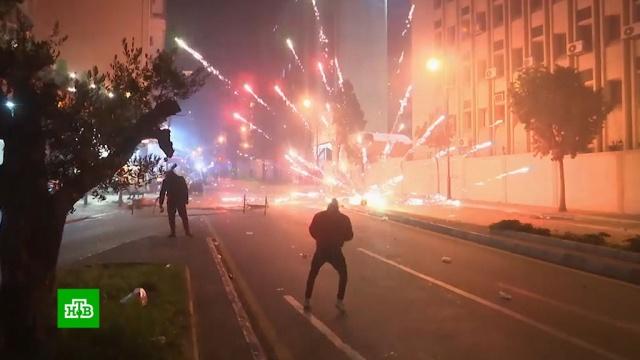 Посольство России в Бейруте оказалось в эпицентре беспорядков.Ливан, беспорядки, митинги и протесты.НТВ.Ru: новости, видео, программы телеканала НТВ