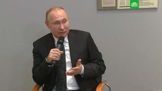 Путин назвал «моральными уродами» противников поддержки семей сдетьми