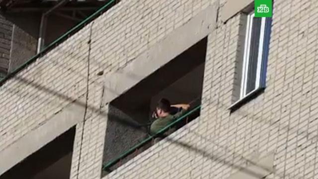 В Таганроге студент открыл стрельбу из игрушечного автомата.Ростовская область, Таганрог, полиция.НТВ.Ru: новости, видео, программы телеканала НТВ