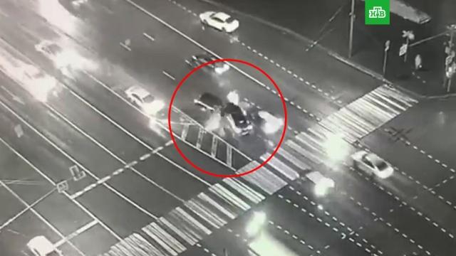 Смертельное ДТП с шестью машинами в Москве попало на видео.ДТП.НТВ.Ru: новости, видео, программы телеканала НТВ