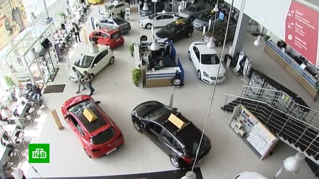 Россияне взяли рекордное число автокредитов.автомобили, кредиты, банки.НТВ.Ru: новости, видео, программы телеканала НТВ
