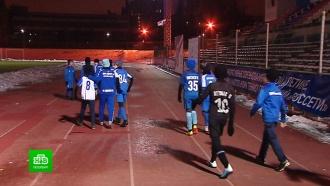 Петербургских депутатов попросили найти деньги на стадион для маленьких футболистов